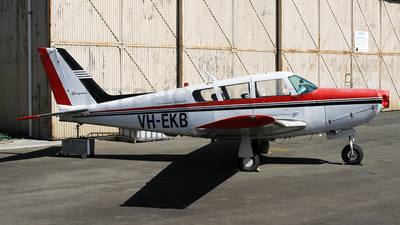 VH-EKB - Piper PA-24-260 Comanche C - Private