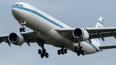 F-WJKI - Airbus A340-541 - Kuwait - Government