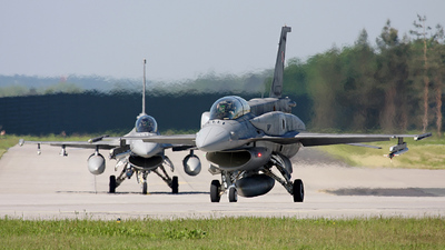 4077 - Lockheed Martin F-16D Fighting Falcon - Poland - Air Force