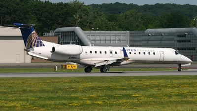 N11176 - Embraer ERJ-145XR - United Express (ExpressJet Airlines)