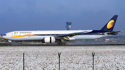 VT-JEA - Boeing 777-35RER - Jet Airways