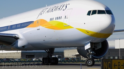 VT-JEF - Boeing 777-35RER - Jet Airways