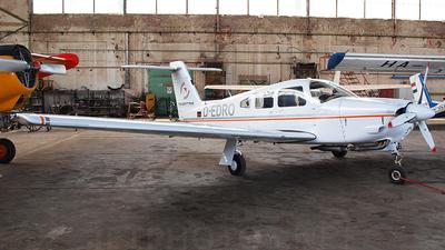 A picture of DEDRO - Piper PA28RT201 Arrow 4 - [28R8118021] - © Mark Tolnai