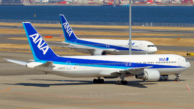JA8677 - Boeing 767-381 - All Nippon Airways (ANA)