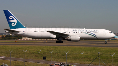 ZK-NCH - Boeing 767-319(ER) - Air New Zealand