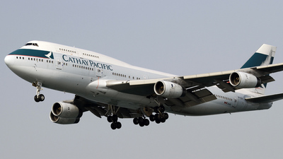 B-HUB - Boeing 747-467 - Cathay Pacific Airways
