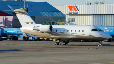 A picture of N597DA - Bombardier Challenger 604 - [5359] - © Dutch