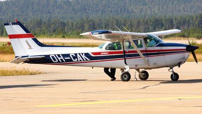 OH-CAK - Cessna 172N Skyhawk II - Tunturi-Ilmailijat