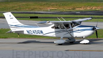 A picture of N2456M - Cessna 182T Skylane - [18281956] - © Agustin Anaya