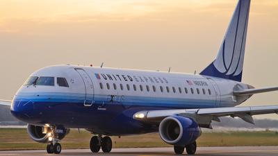 N863RW - Embraer 170-100SE - United Express (Shuttle America)