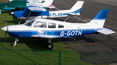 G-GOTH - Piper PA-28-161 Warrior III - Private