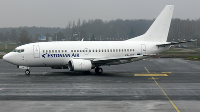 ES-ABP - Boeing 737-528 - Estonian Air