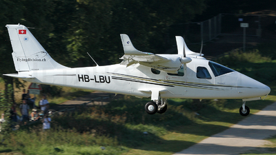 A picture of HBLBU -  - [] - © Peter Menner
