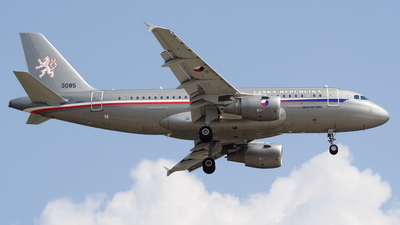 3085 - Airbus A319-115X(CJ) - Czech Republic - Air Force
