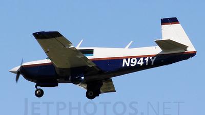 A picture of N941Y - Mooney M20J - [240941] - © Orlando Suarez