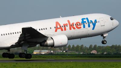 PH-AHY - Boeing 767-383(ER) - ArkeFly