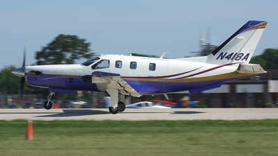 A picture of N418A - Socata TBM700 - [292] - © Paul Chandler