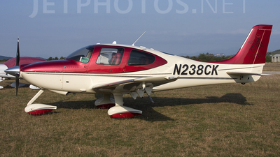 A picture of N238CK - Cirrus SR22 - [3546] - © Roberto Bianchi