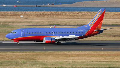 N628SW - Boeing 737-3H4 - Southwest Airlines