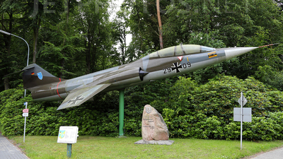 29-09 - Lockheed F-104F Starfighter - Germany - Air Force