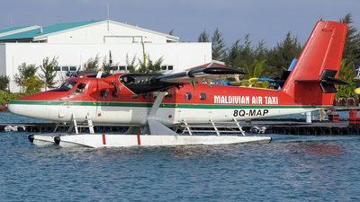 8Q-MAP - De Havilland Canada DHC-6-300 Twin Otter - Maldivian Air Taxi