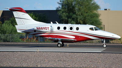 A picture of N889DT - Beech 390 Premier I - [RB77] - © Justin Lawrence