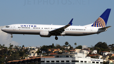N36472 - Boeing 737-924ER - United Airlines