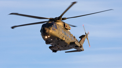 ZJ995 - Agusta-Westland Merlin HC.3A - United Kingdom - Royal Air Force (RAF)