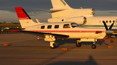 S5-CGS - Piper PA-46-350P Malibu Mirage/Jetprop DLX - Linxair