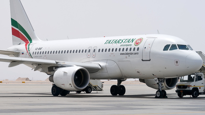 VQ-BNF - Airbus A319-112 - Tatarstan Airlines