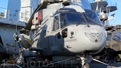ZH860 - Agusta-Westland Merlin HM.1 - United Kingdom - Royal Navy