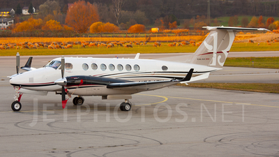 N724EU - Beechcraft B300 King Air 350i - Private