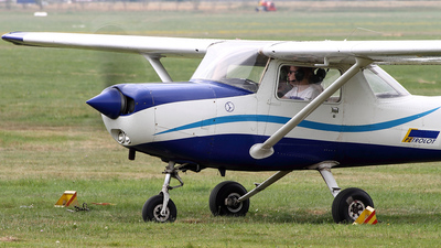 SP-APL - Cessna 152 - Private