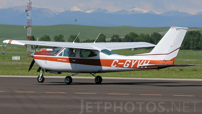 A picture of CGYVH - Cessna 177RG Cardinal RG - [177RG1205] - © Mike MacKinnon