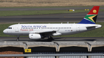 ZS-SFK - Airbus A319-131 - South African Airways