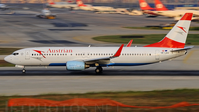 OE-LNQ - Boeing 737-8Z9 - Austrian Airlines