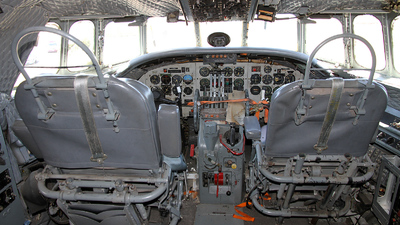 N422NA - Lockheed C-121A Constellation - United States - US Air Force (USAF)