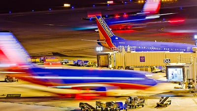 N689SW - Boeing 737-3Q8 - Southwest Airlines