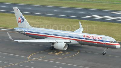 N665AA - Boeing 757-223 - American Airlines