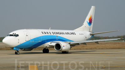 B-2518 - Boeing 737-3W0(SF) - Donghai Airlines