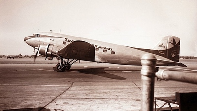 N21768 - Douglas DC-3 - Trans-Texas Airways