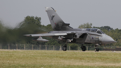 ZD707 - Panavia Tornado GR.4 - United Kingdom - Royal Air Force (RAF)
