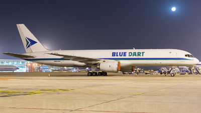 VT-BDK - Boeing 757-236(SF) - Blue Dart Aviation