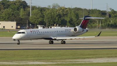 N612QX - Bombardier CRJ-701ER - Delta Connection (ExpressJet Airlines)