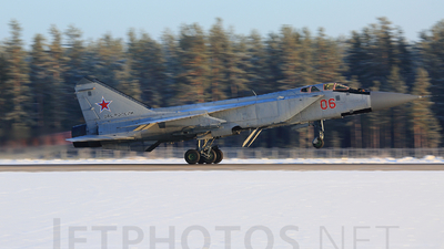 06 - Mikoyan-Gurevich MiG-31 Foxhound - Russia - Air Force