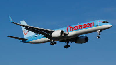 G-OOBR - Boeing 757-204 - Thomson Airways
