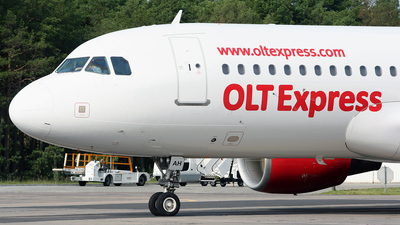 SP-IAH - Airbus A320-214 - OLT Express