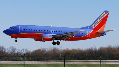 A picture of N318SW -  - [H80216] - © DJ Reed - OPShots Photo Team
