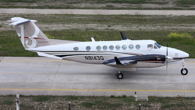 N8143Q - Beechcraft B300 King Air 350 - Private