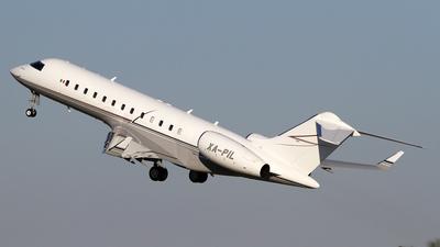 XA-PIL - Bombardier BD-700-1A10 Global Express  - Private